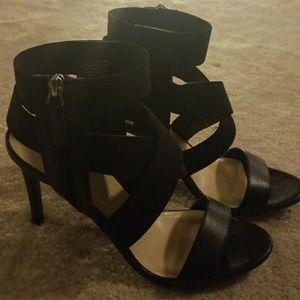 Nine West sexy strappy heel size 10